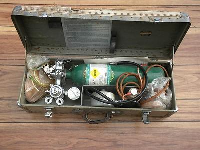 vintage-emerson-resuscitator-model-fc_1_f56d70c3a500fb563c984f6cfa3af3e1